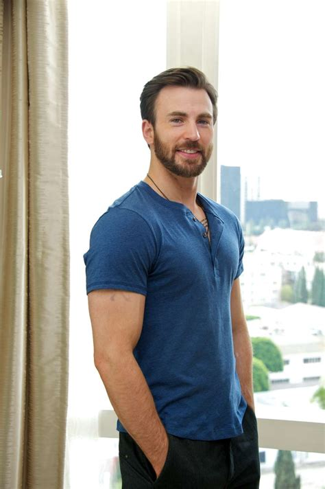 Sexiest Muscle Man: 40 Images of Chris Evans That Will ...