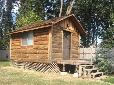 cabins for in oregon 10 tiny houses for in oregon tiny house