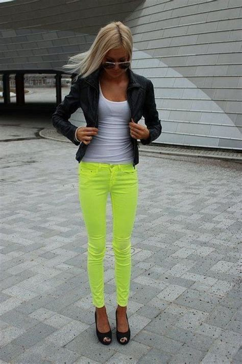 style tips    wear neon pants outfit ideas