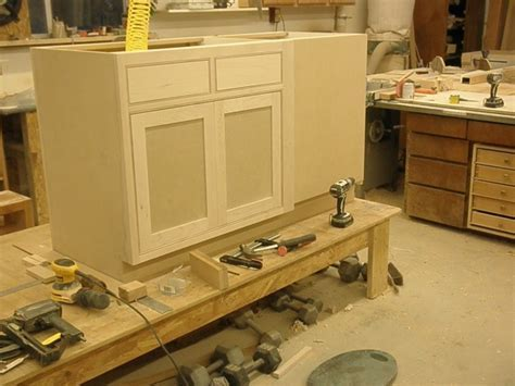 Cabinet Making in Dubai   Dubai Repairs   0581873003
