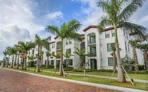 living  delray apartments  rent  delray beach