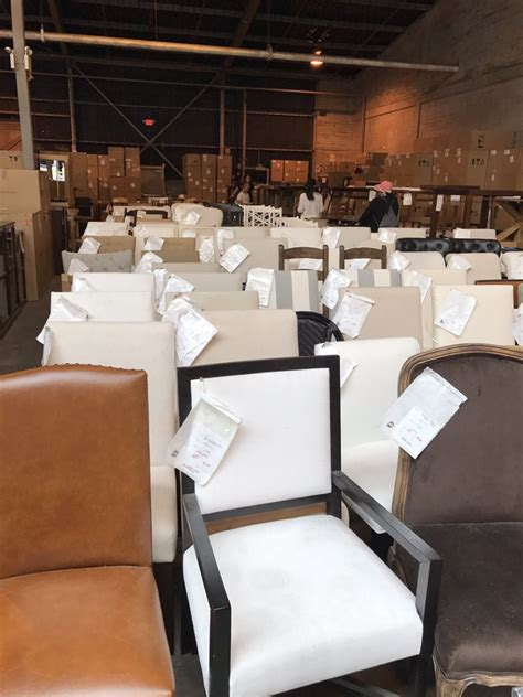 pottery barn outlet    reviews furniture