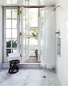 Mmmm indoor outdoor shower bathing beauty pinterest for Indoor outdoor shower
