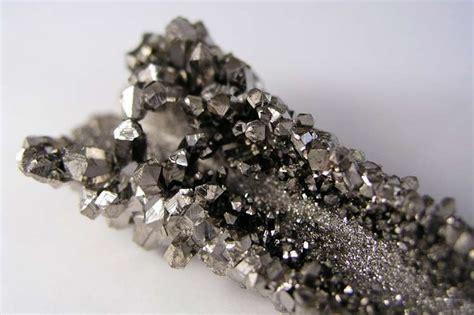 niobium facts symbol discovery properties