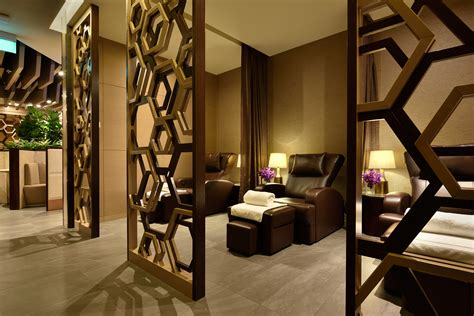 Shower Changi Airport by Plaza Premium Bring New Lounge To T1 At Changi Airport