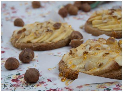 cuisson de la pate sablee tartelettes aux pommes sur p 226 te sabl 233 e all 233 g 233 e 224 la farine de ch 226 taignes et 233 clats de