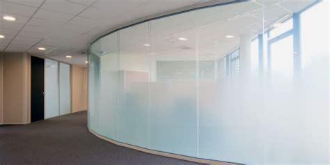 cloison amovible bureau sablage sur vitrage espace cloisons alu ile de