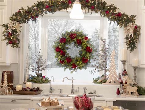 how to hang garland on christmas tree how to hang garland wreaths balsam hill balsam hill artificial trees