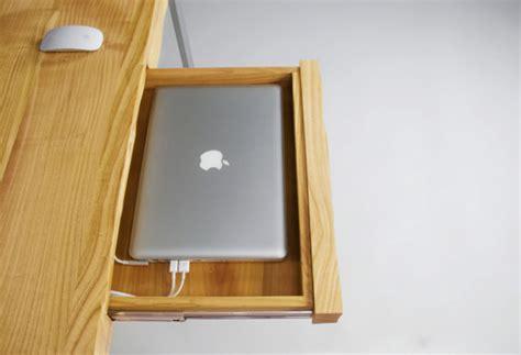 bureau pour imac un bureau 3d fait pour votre iphone imac macbook