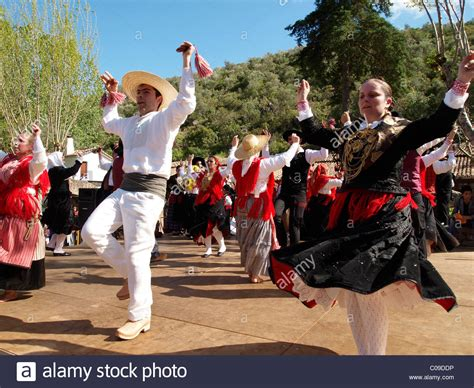 Portugal Traditionen by Portuguese Folk Dancers In Traditional Costume At The