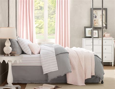 light pink and grey bedding pink and gray bedroom wt do u think nersian 39 s