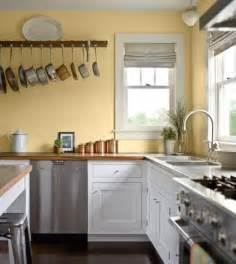Yellow Kitchen Cupboards by Best 25 Yellow Kitchen Walls Ideas On Yellow