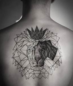 Tatouage Homme Original : tatouage lion graphique ~ Melissatoandfro.com Idées de Décoration