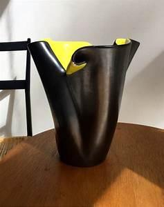 Vase En Céramique : vase elchinger noir et jaune ~ Teatrodelosmanantiales.com Idées de Décoration