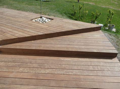 nivrem terrasse bois ipe castorama diverses id 233 es de conception de patio en bois pour