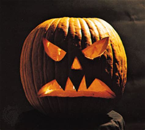 easy scary o lantern jack o lantern decoration encyclopedia britannica