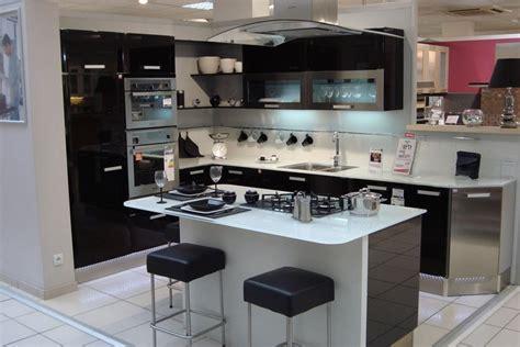 hotte cuisine but hotte de cuisine ilot cuisine ilot central et de cuisine