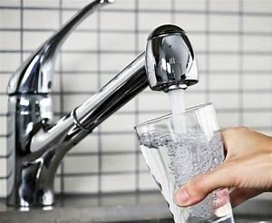 Alberta study suggests fluoridation of water cuts cavities ...