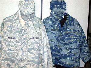 Air Force develops new test version of field uniform ...