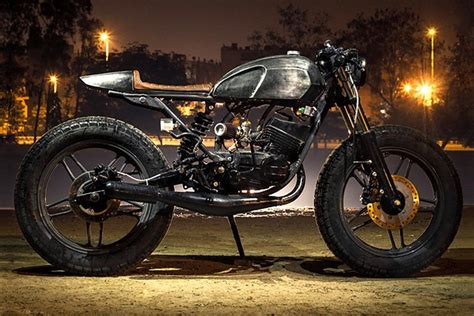 Karizma Modified Cafe Racer by 10 Tastefully Modified Yamaha Rx Motorcycles