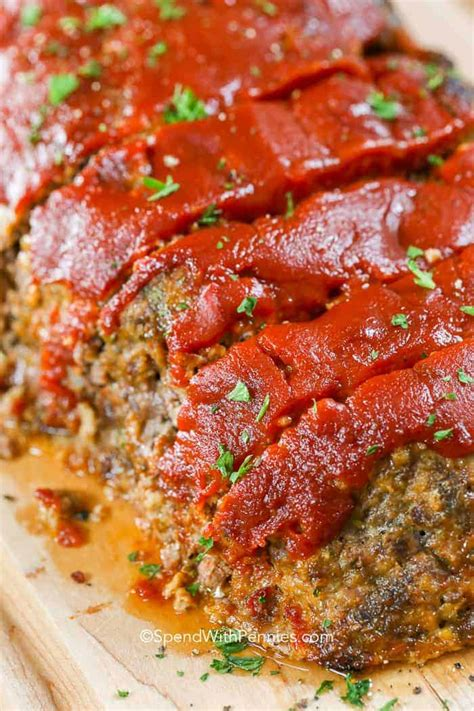 Just a few simple ingredients to make a tender, juicy meatloaf that. Best 2 Lb Meatloaf Recipes / Meatloaf with Oatmeal is an easy ground beef dinner recipe ... - It ...