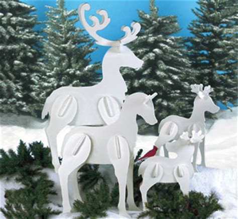winfield collection standing reindeer family pattern