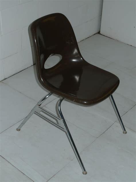 brown mid century modern eames era krueger fiberglass