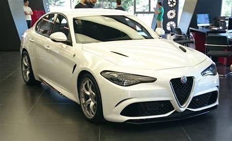 Giulia Alfa Romeo by Alfa Romeo Giulia 2016