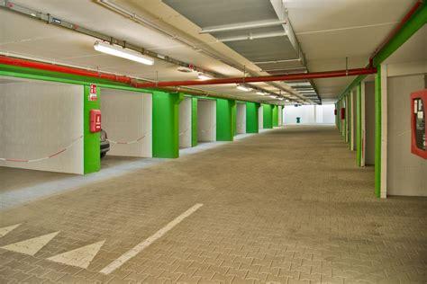 Überdachte Garage  Autostellplatz  Service  Hotel Al Prater