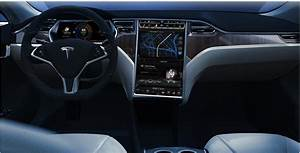 A Quick Peek Inside the Tesla Model S – the 100% Electric Car – Chip Chick