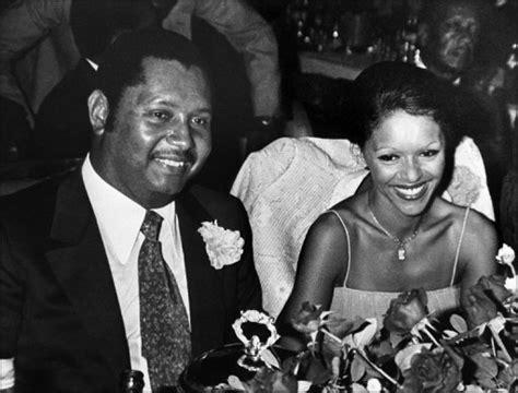 Lex Dictateur Haïtien Duvalier En France 25 Ans Dexil