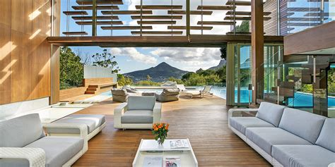5 Beautiful Indoor-outdoor Living Spaces