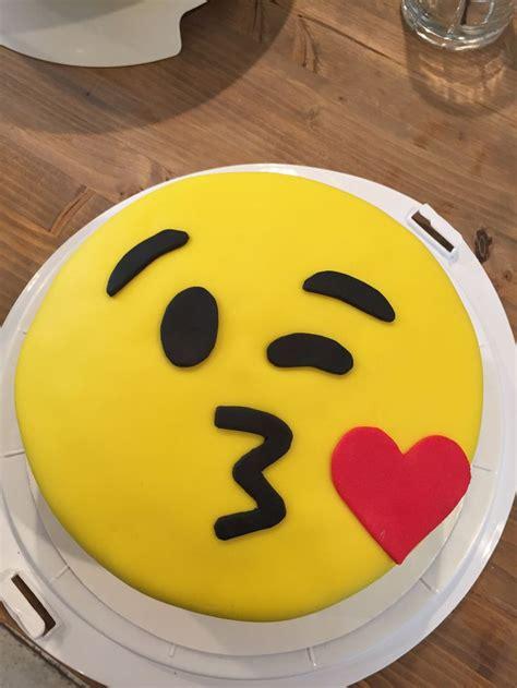 emoji cake template the 25 best birthday cake emoji ideas on emoji cake cupcake emoji and emoji cake