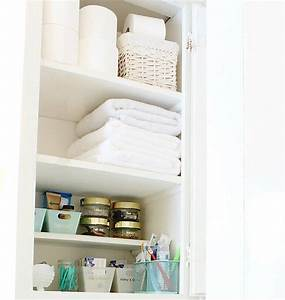 10 spring cleaning tips for your whole house classy for Organizing my bathroom