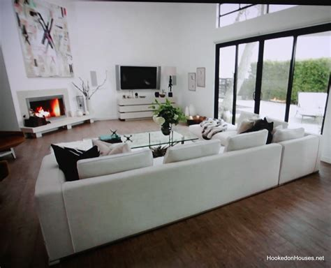 house living room tia carrere s house living room hooked on houses