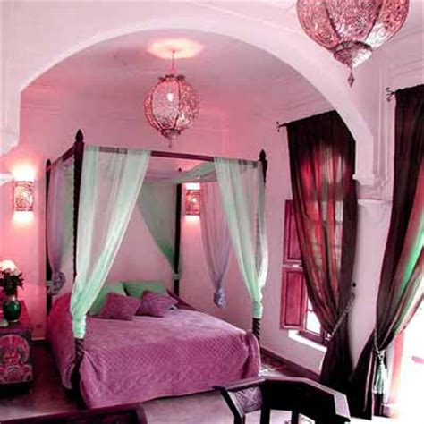 Bedroom Design Purple And Pink by Moroccan Bedroom Decorating Light And Purple