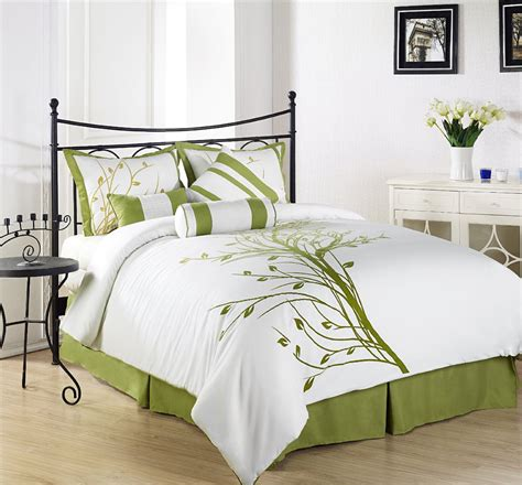 chezmoi collection green tree on white comforter review