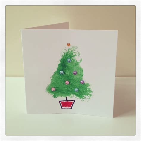 This has to be the simplest diy christmas card idea there is, which is why i love it! Toddler Craft: Super Simple Christmas Cards - Mum Of One