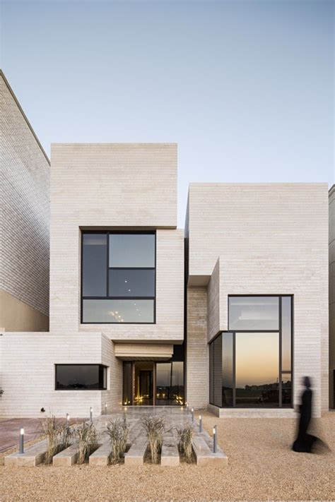 street house massive order archdaily