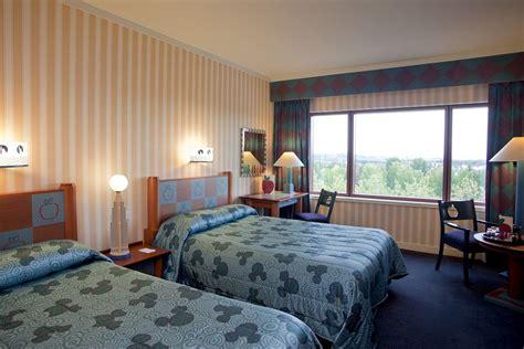 chambre d hotel disneyland disneyland comment ajouter une personne dans une