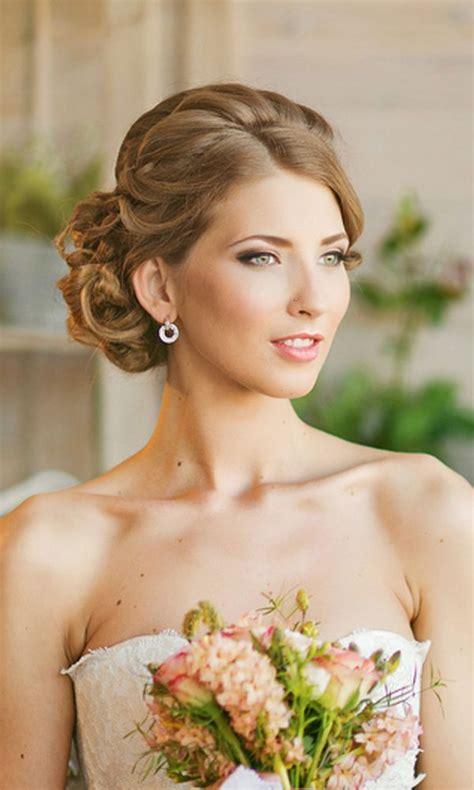ultimate guide wedding updos   brides hairdo