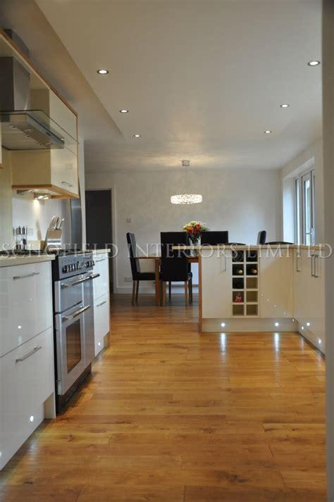 odyssey cream gloss kitchen  solid oak  panels