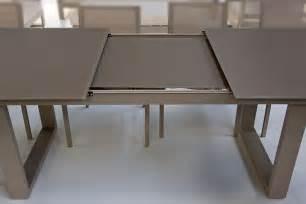 table en verre et aluminium avec rallonge 220 290 cm roma