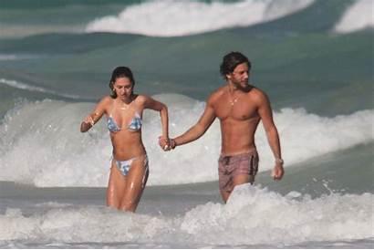 Delilah Hamlin Belle Boyfriend Eyal Booker Beach