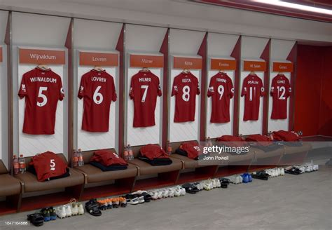 Welcome to the kop noise! Dressing room of Liverpool before the Premier League match ...