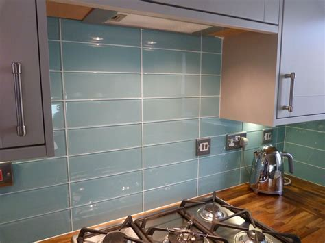Aqua Glass Backsplash Tile   Large Turquoise Glass Tiles