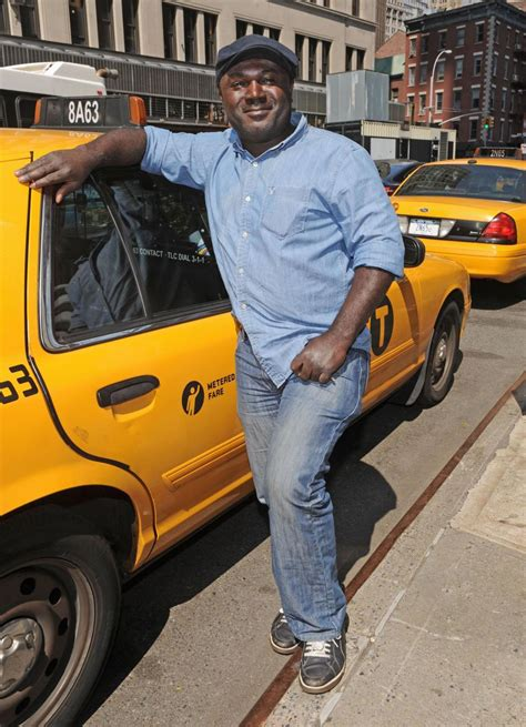 queens taxi driver honored  safest cabbie   york