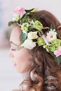 Couronne De Fleurs Mariée : couronnes de fleurs fraiches pour la mari e chateau des costes blog one day event ~ Farleysfitness.com Idées de Décoration