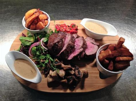 chateaubriand cuisine chateaubriand for two picture of hooked restaurant