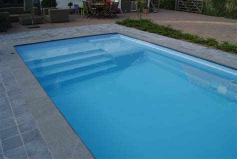 piscine bois avec escalier integre piscine rectangulaire